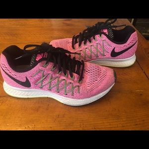 Hot pink Nike's!